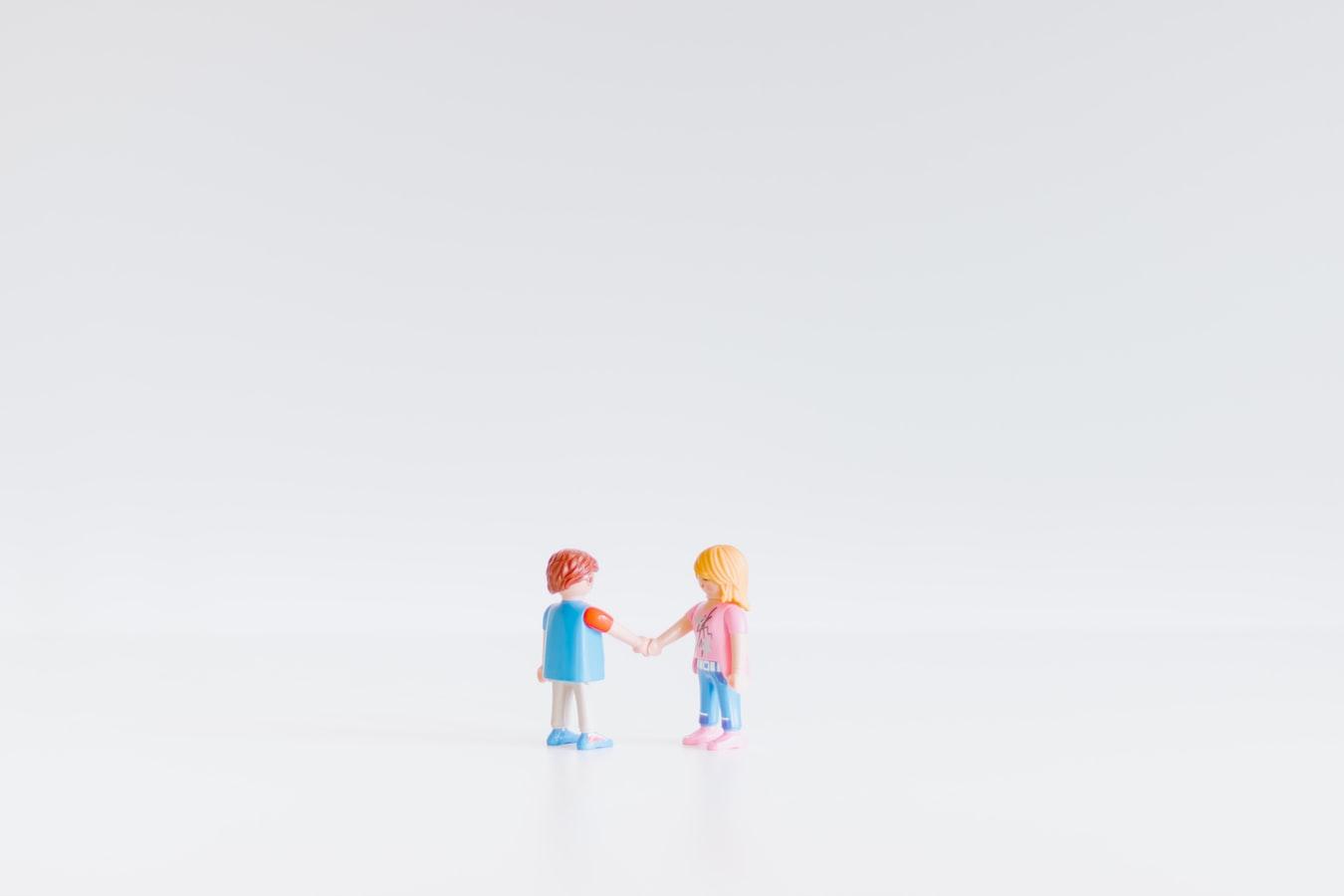 women vs men showing empathy at work